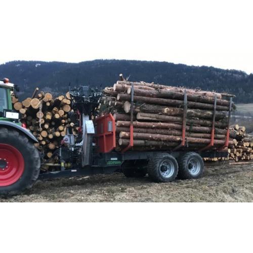 Vyvážecí vlek na dřevo dvojosý
