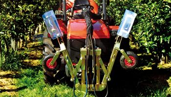 Herbicidní rám sklopný