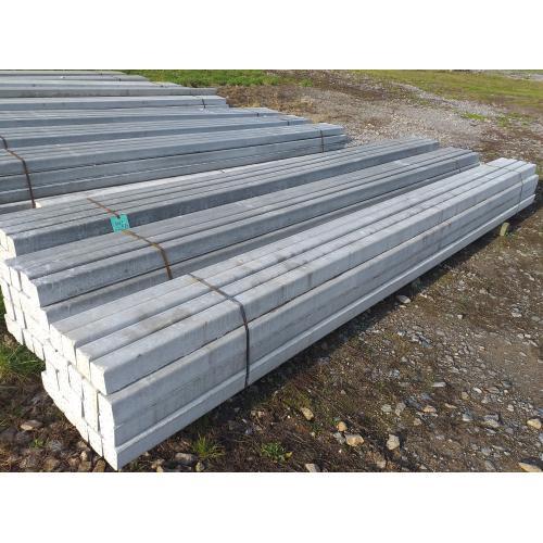 Sloup betonový 9x9,5 - 4 m